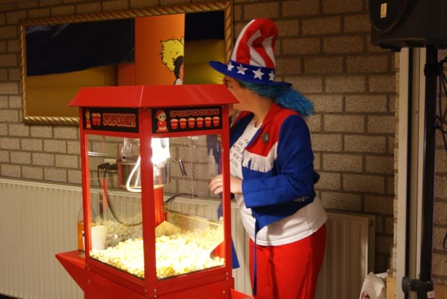 attractie-verhuur-pronk-popcornmachine